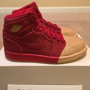 "WMNS Nike Air Jordan 1 Retro High Premium ""Dipped"""